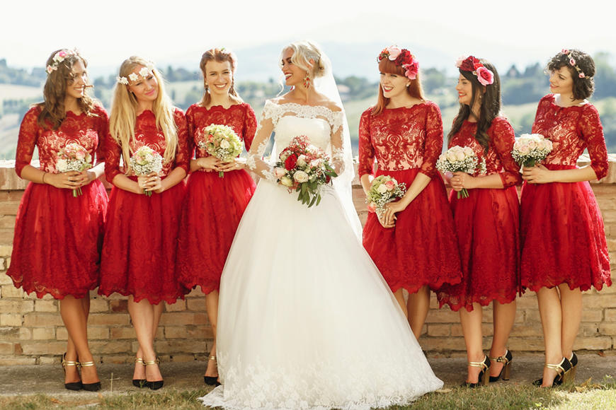 6-bridesmaids-are-blessing-the-bride