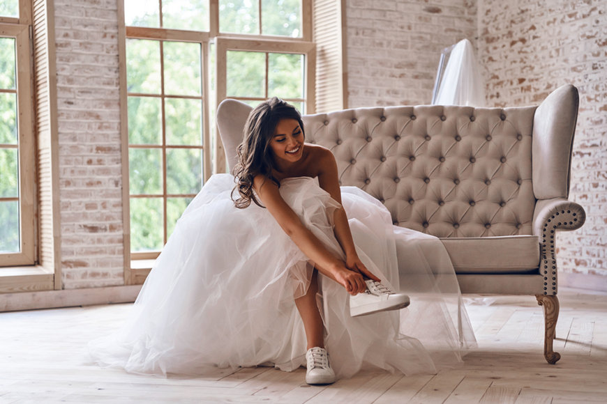A-bride-in-sport-shoes
