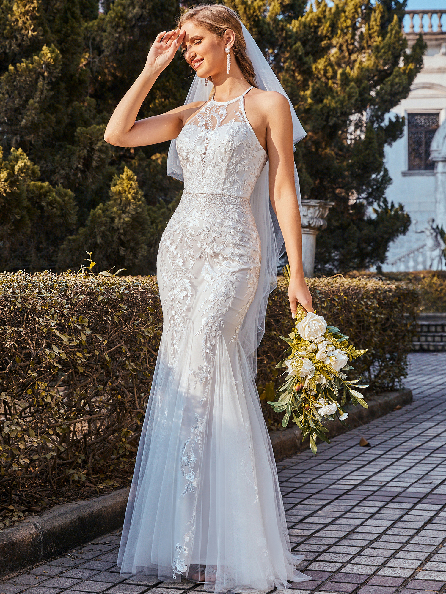 Casual-Halter-Lace-Fishtail-Wedding-Dress