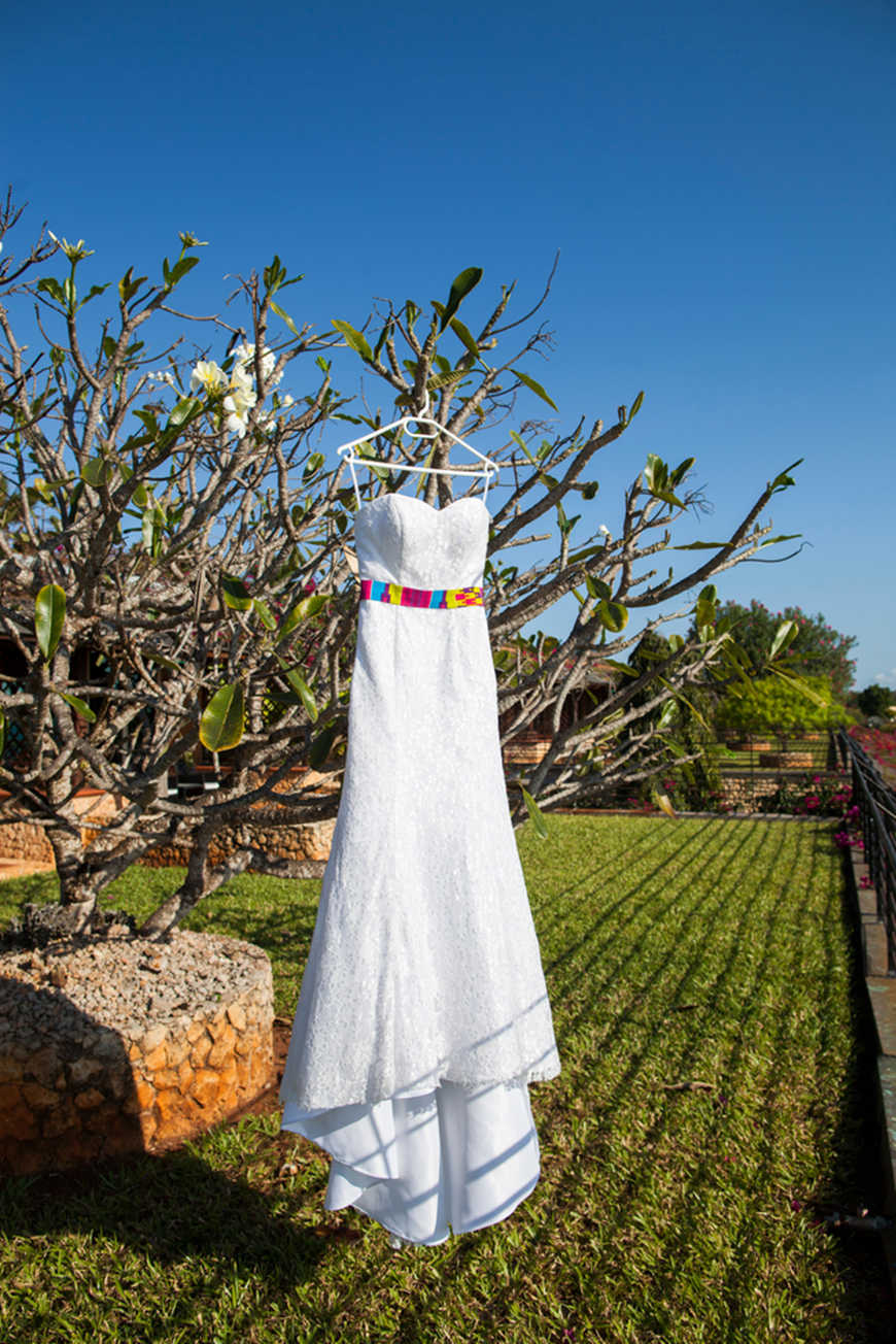 Creative-Eloping-Wedding-Dress
