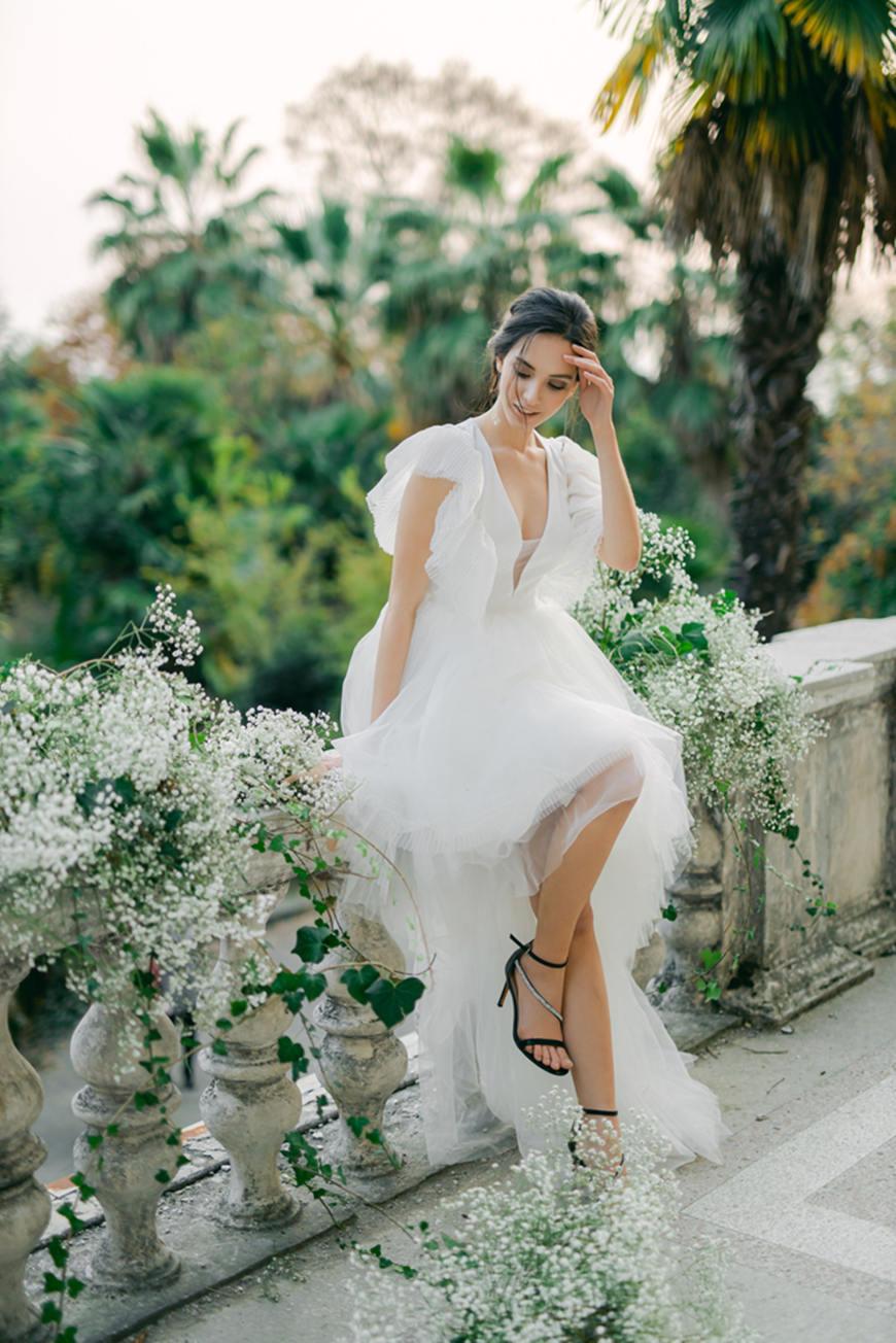 Glamorous-Fluffy-Eloping-Wedding-Dress