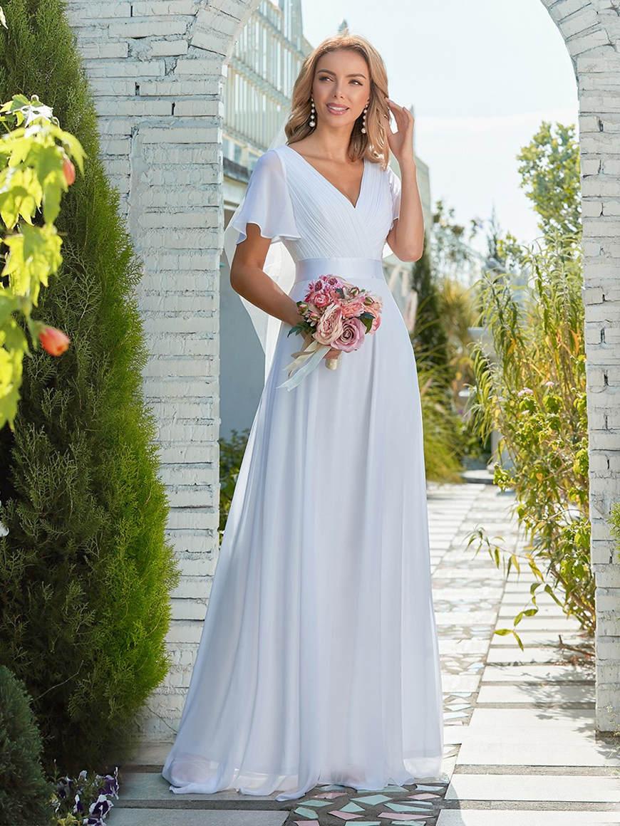 Minimalist-V-Neckline-Eloping-Dress