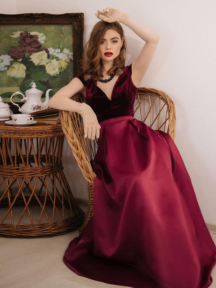 impressive-velvet-and-satin-prom-dress