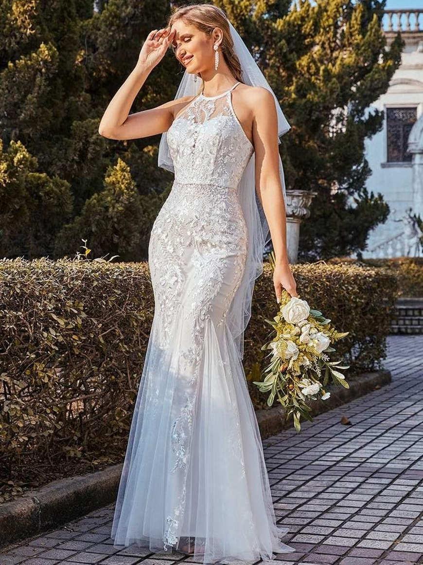 Casual-Halter-Fishtail-Wedding-Dress