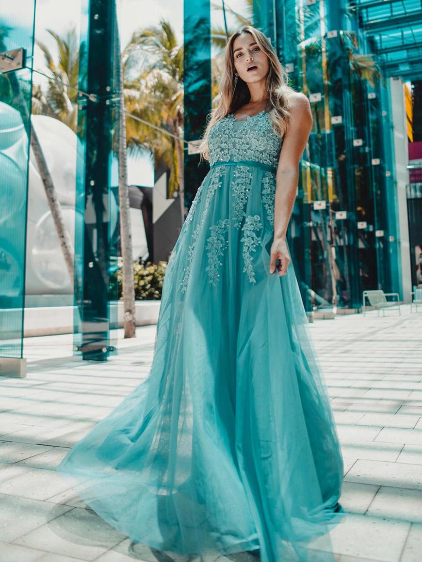 Dusty-Blue-bridesmaid-dress