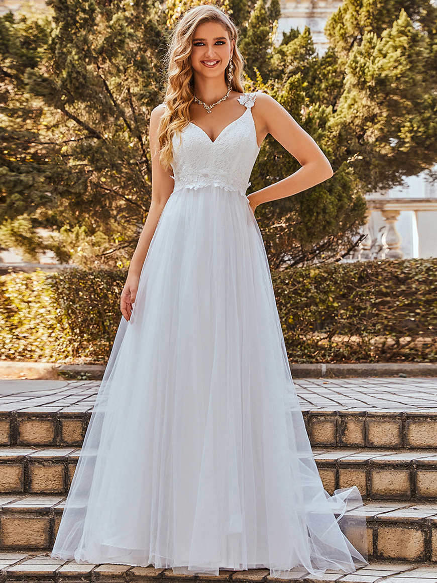 Elegant A-line-Sleeveless-Tulle-Beach-Wedding-Dress