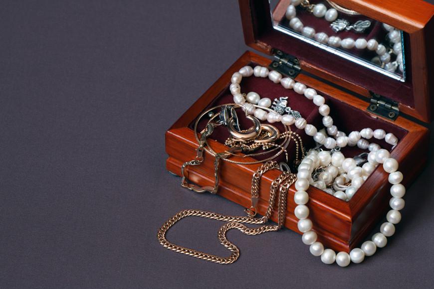 a-nice-jewelry-box