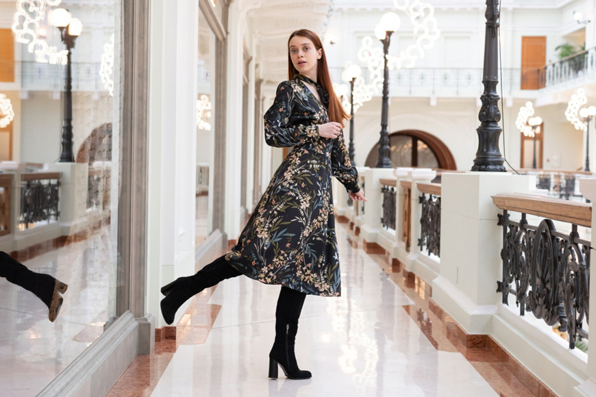 Floral-dress-with-tall-boots