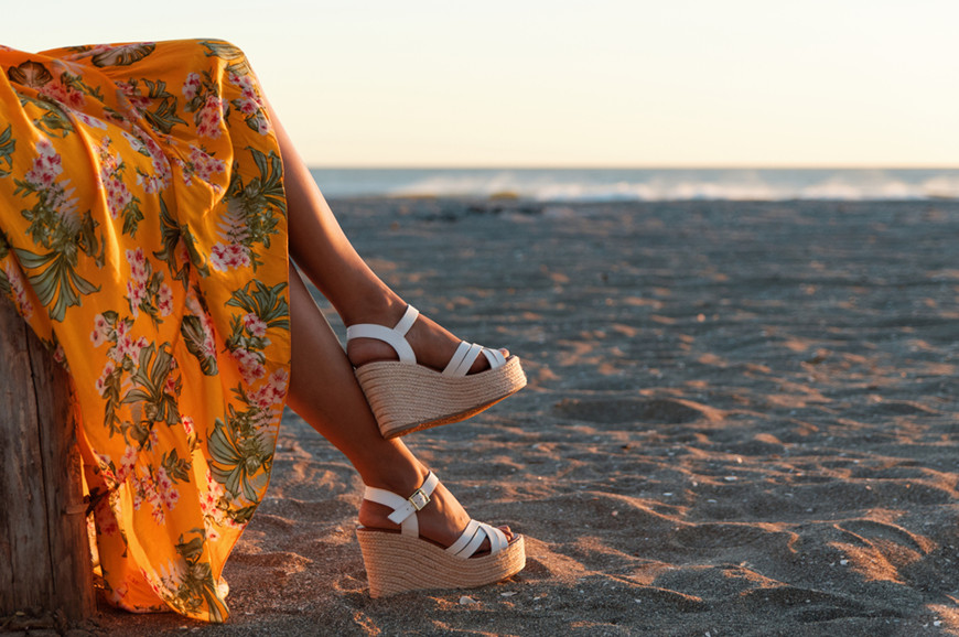 Floral-dress-with-wedges