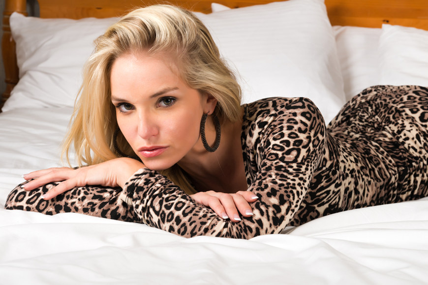Leopard-Print-Dress-with-Jewelry