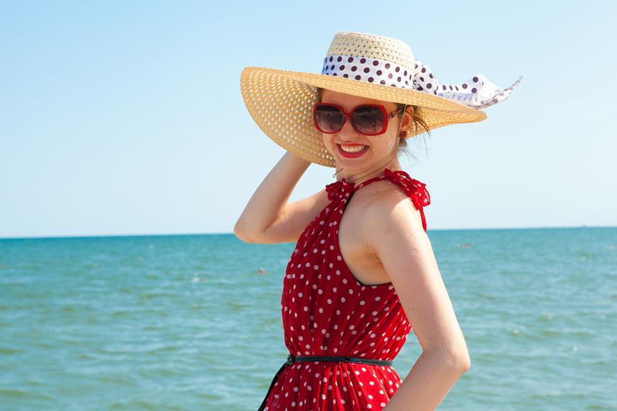 a-woman-having-a-beach-vacation