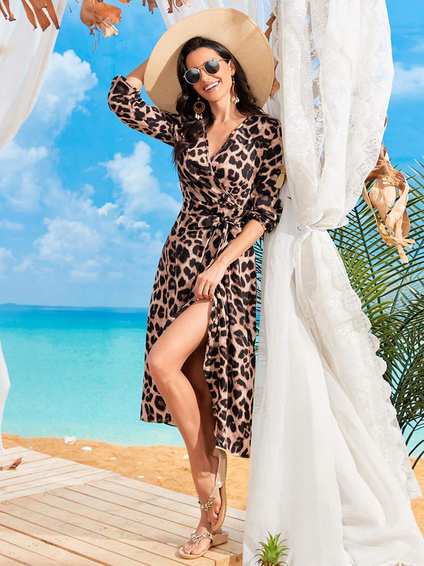a-woman-wear-leopard-print-dress