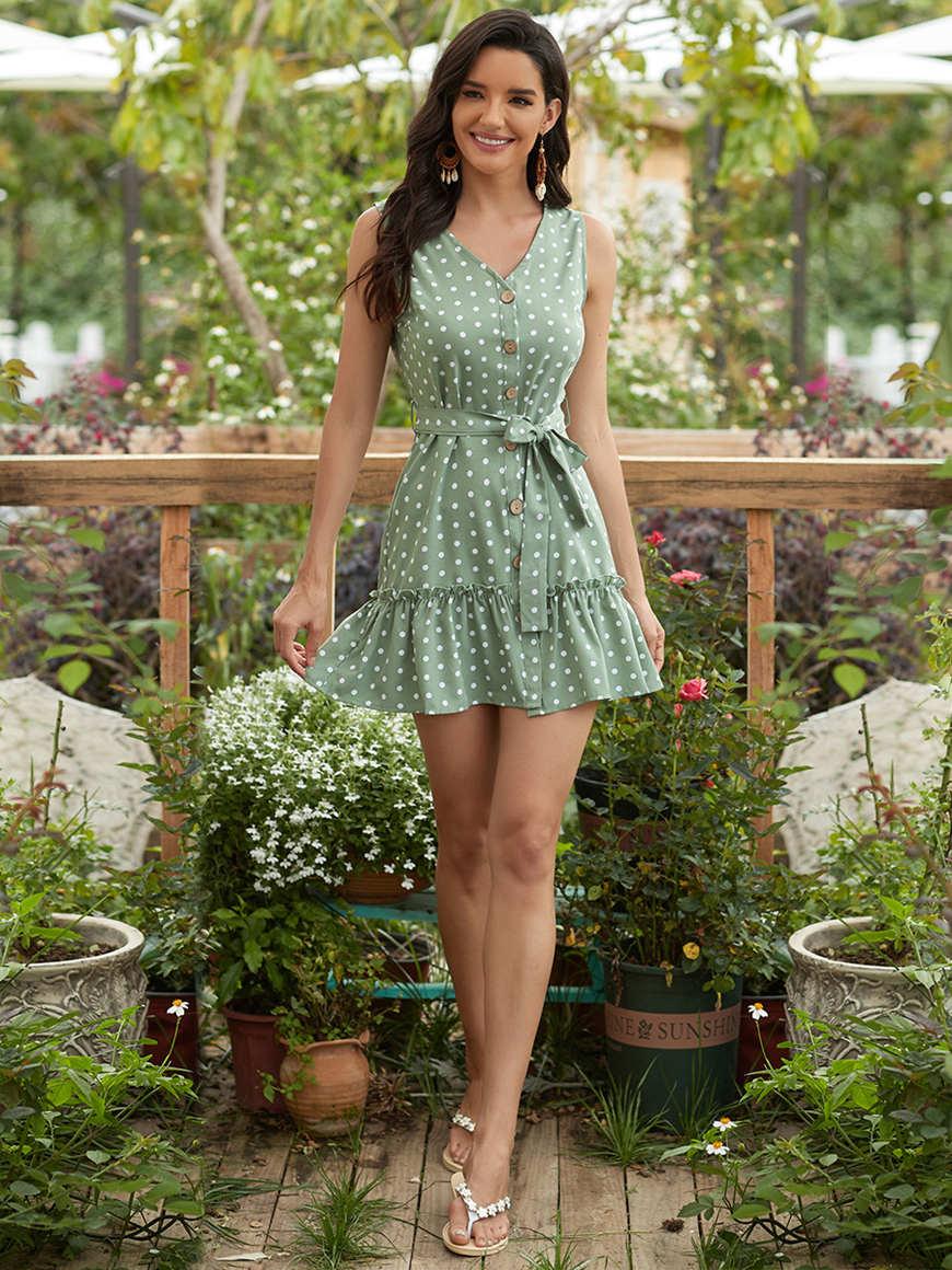 Retro-sleeveless-polka-holiday-dress