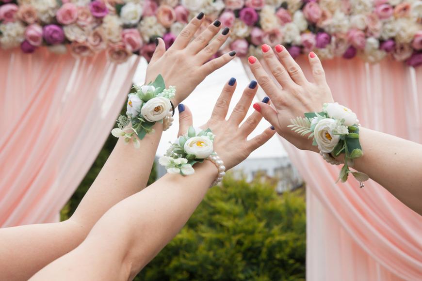 Bride's-hand