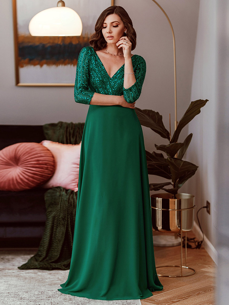 Emerald-Green-Bridesmaid-Dresses-with-Sleeves