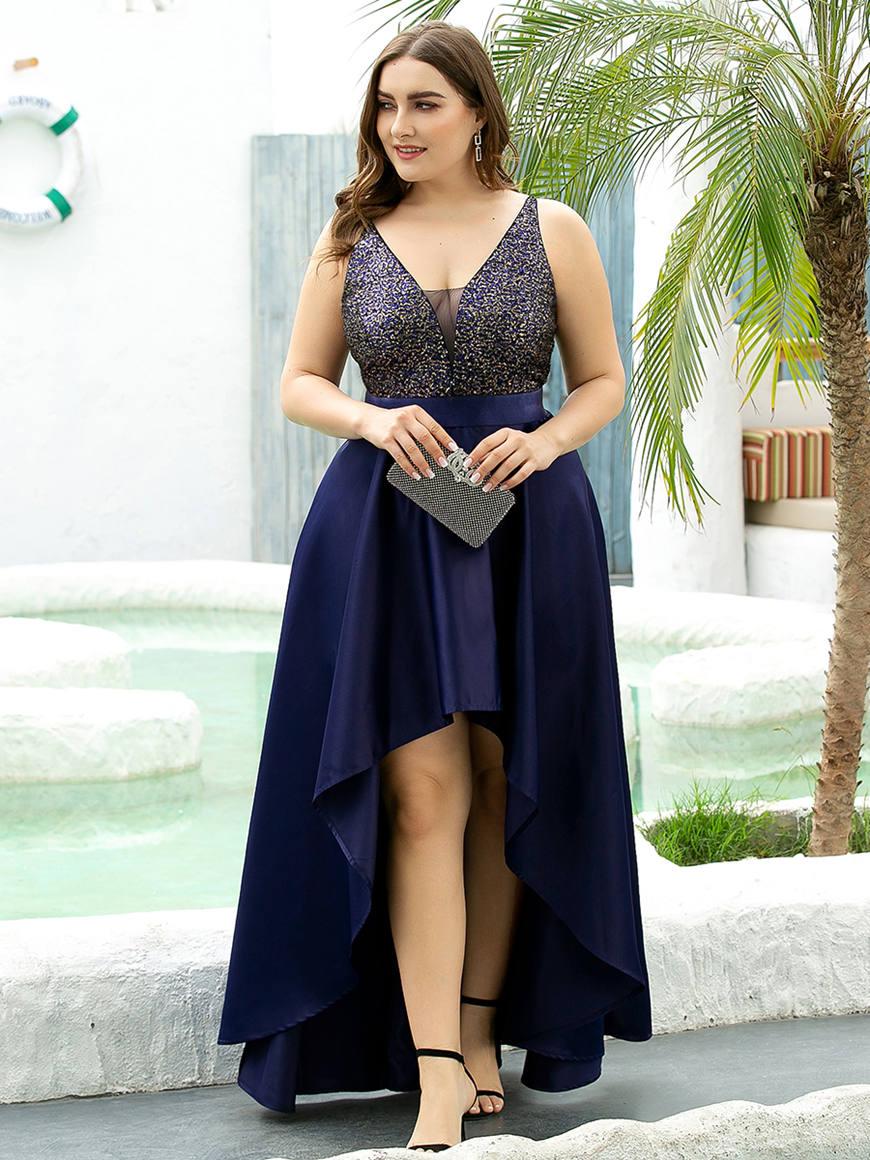 Glamorous-Shiny-Plus-Size-Wedding-Dress-with-Irregular-Hem