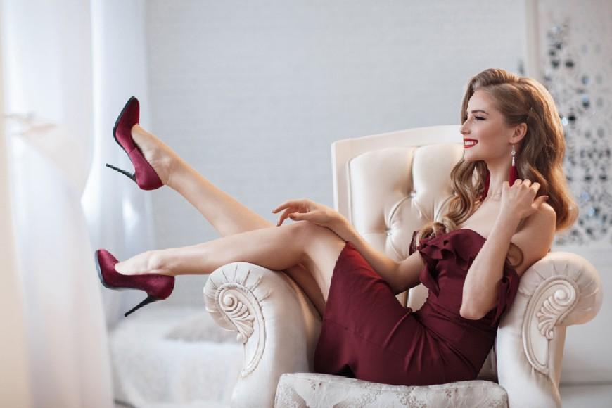 Red-Minimalism-Dress