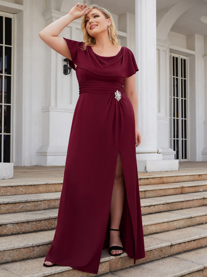 Subtle-Plus Size-Bridesmaid-Dress-with-Tulip-Sleeves